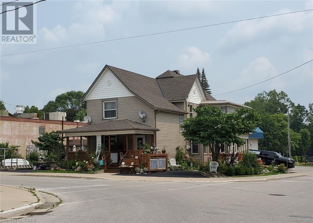 44 London Street E, Tillsonburg, Ontario  N4G 2L1 - Photo 1 - 40096352