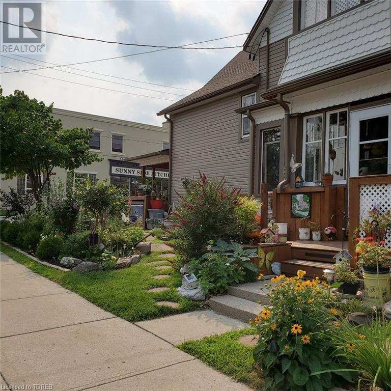 44 London Street E, Tillsonburg, Ontario  N4G 2L1 - Photo 3 - 40096352